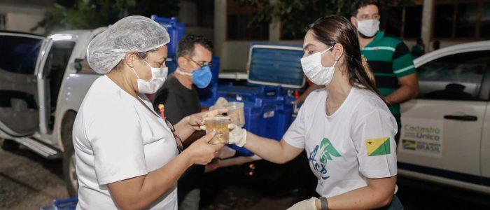Estado e Fecomércio retomam parceria para distribuição de refeições